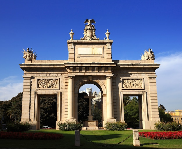 스페인 발렌시아의 아름다운 도시와 그 기념물 중 하나