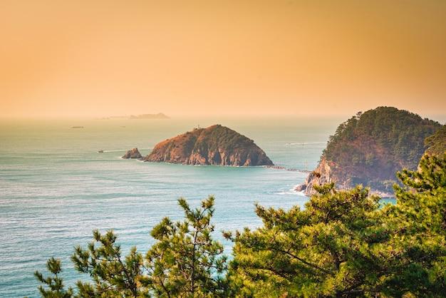 島の美しい風景