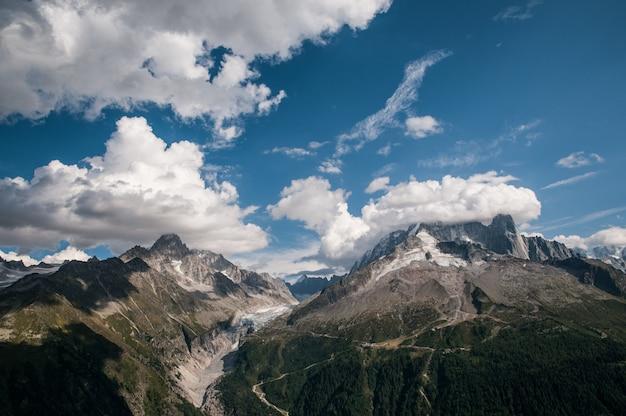 アルジャンティエール氷河、エギーユヴェール、エギーユデュシャルドネの美しい景色