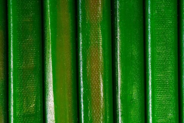 Пучок фигурного зеленого мармелада. сладкий десерт
