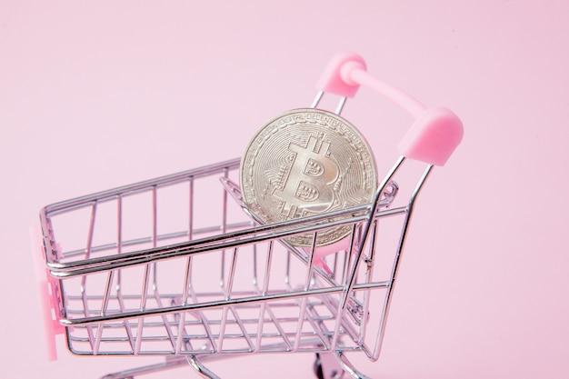 슈퍼마켓의 카트, 핑크색 비트 코인
