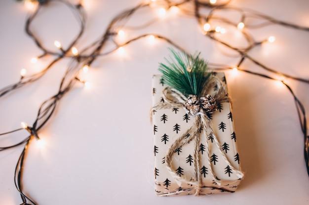 Рождественский подарок. новый год. рождество