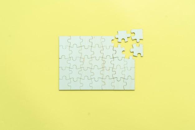 Плоский план пустой головоломки, решения и концепции принятия решений