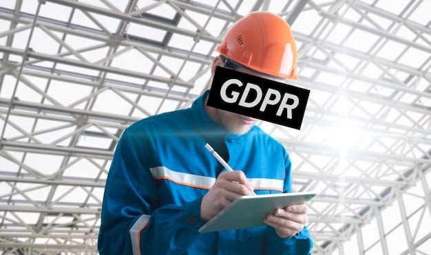 Человек gdpr с рамкой на лице, концепция конфиденциальности личной информации