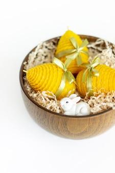 부활절 달걀 모양의 인테리어를위한 노란색 장식 천연 밀랍 꿀 양초의 선물 세트