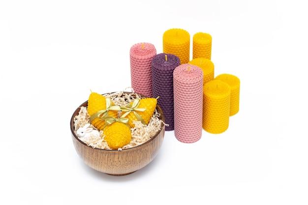 부활절 달걀 모양의 노란색 장식 천연 밀랍 꿀 양초의 선물 세트