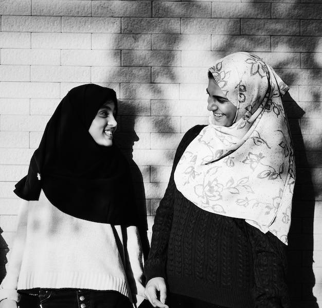 ムスリムの学生のグループ