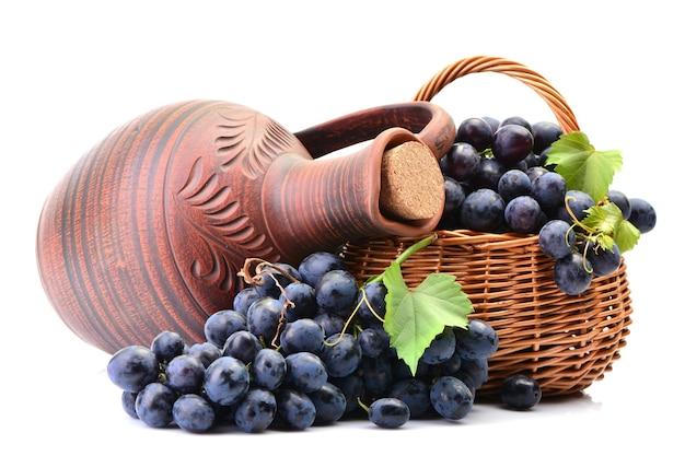올해 수확한 우수한 그루지야 와인 한 병