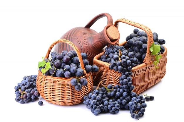 Кувшин отличного грузинского вина