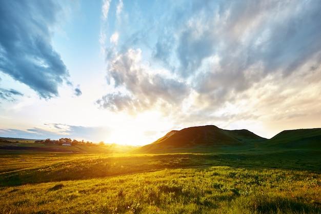언덕에서 아침 산책