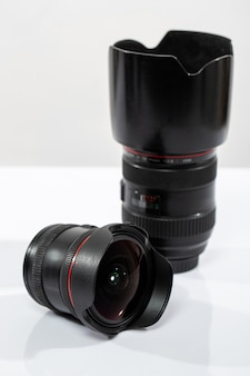Пара отдельных объективов камеры