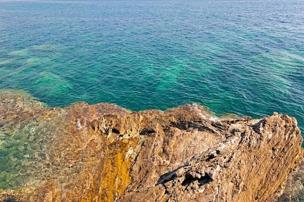 해변의 조약돌. 확대. 아드리아 해
