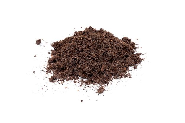 식물을 심기위한 흙이나 땅 더미. 외딴.