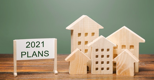 Плакат с надписью «планы 2021 года и деревянные дома».