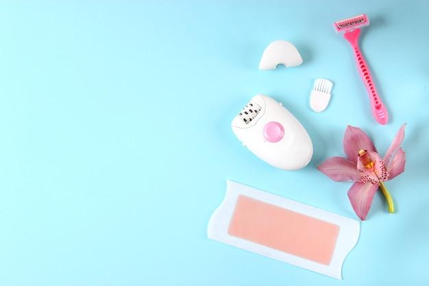 Набор различных инструментов для домашней эпиляции