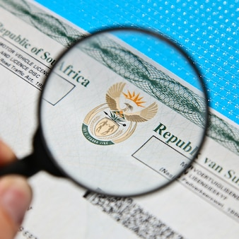 Южноафриканский лицензионный документ на автотранспортное средство.