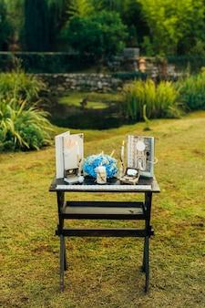 モンテネグロでの結婚式のテーブル