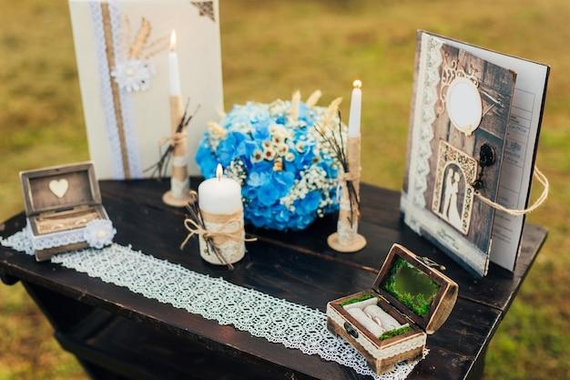モンテネグロの結婚式のテーブル