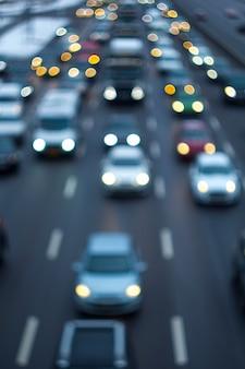 도로 교통 체증. 디 포커스.