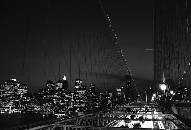 밤 시간에 뉴욕 시의 보기