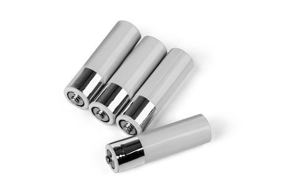 白の単三電池のクローズアップ