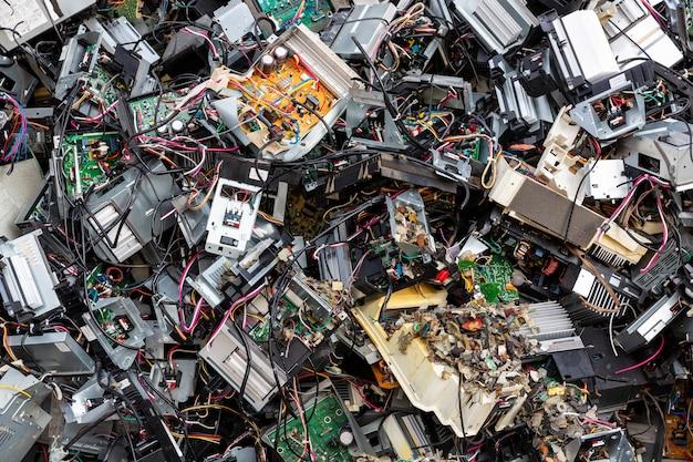 放棄されたコンピューター