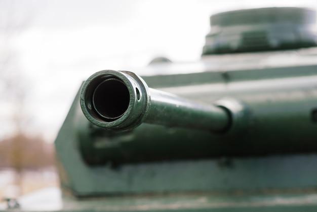 버려진 전쟁 독일 탱크와 박물관의 세부 사항