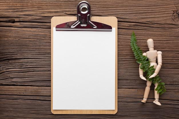 위보기 클립 보드 및 식물 배치
