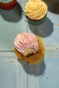上図おいしいカップケーキの配置