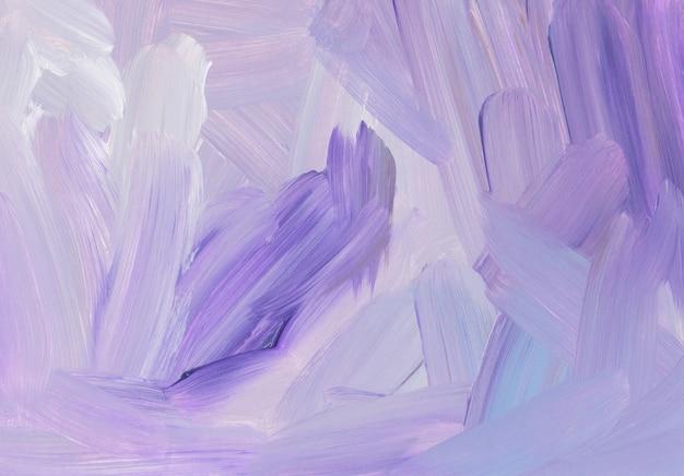 Абстрактный художественный фон, мазки кистью фиолетовый, серый, белый на бумаге
