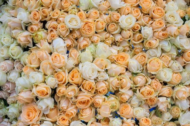 結婚式の花の抽象的な背景をクローズアップ