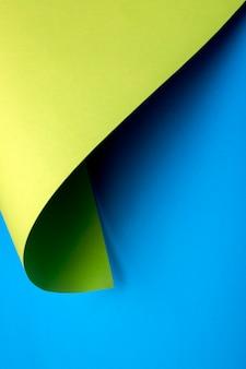 Абстрактный фон из листов цветной бумаги, для украшения, для дизайна текста, для шаблона
