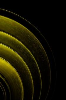 黄色の円との抽象的な背景
