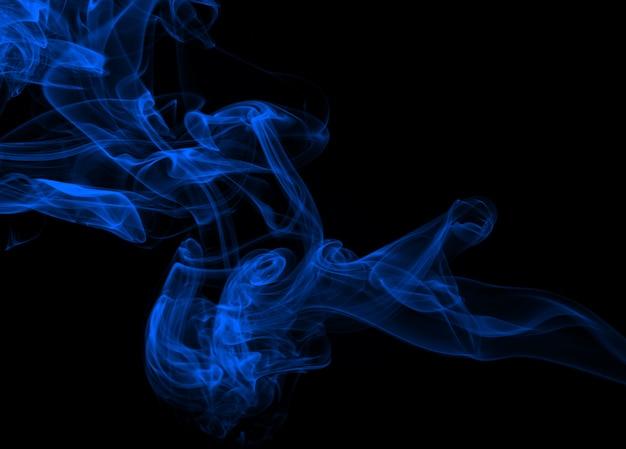 流れる抽象的な青い煙