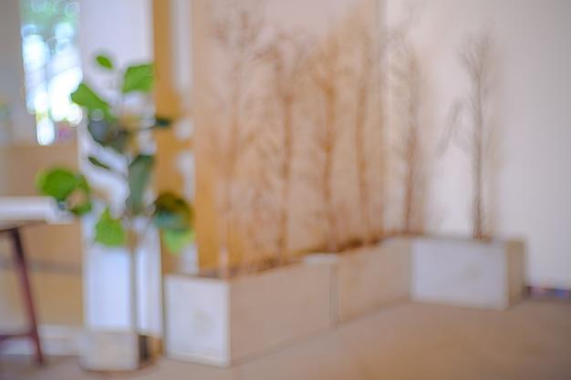 Абстрактное размытие и расфокусировка интерьер кафе или ресторана для фона.