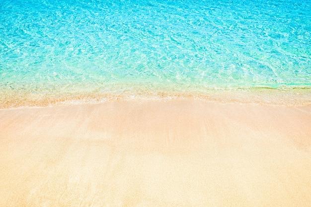 抽象的なぼやけた海岸の背景