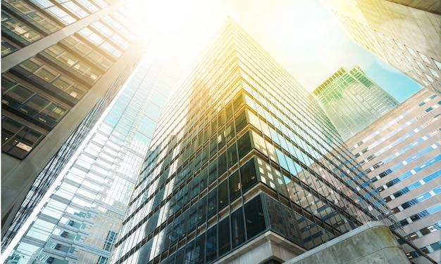 街の抽象的な明るい建物