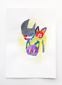 Абстрактный мультфильм акварельной краской на фоне белой бумаги. рисование руки.