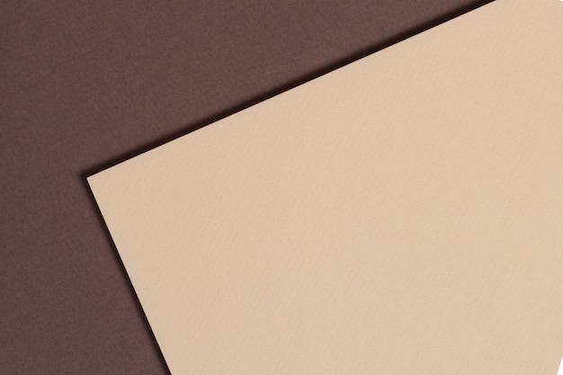 ベージュと茶色の色調で抽象的なペーパージオメトリ構成背景