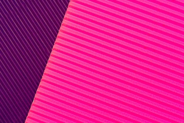 抽象的な段ボール紙の背景。ざらざらした装飾的な紙の質感。