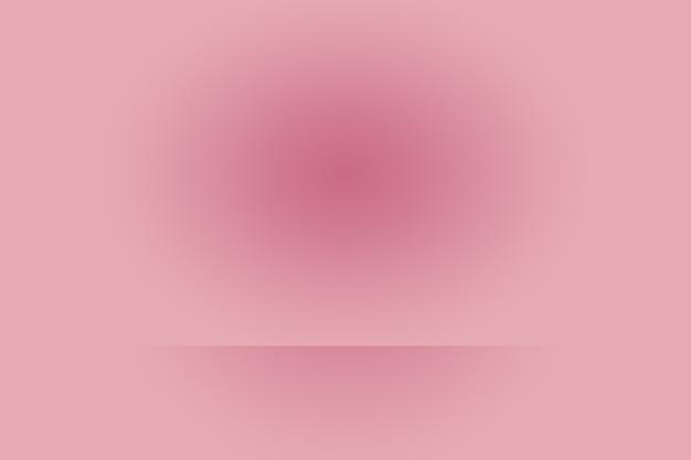 Fondo astratto vuoto liscio rosa chiaro della stanza dello studio, uso come montaggio per l'esposizione del prodotto, striscione, modello. Foto Gratuite