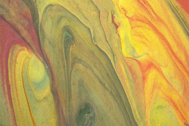 抽象的な流体アートの背景の緑と金色。液体大理石。黄色のグラデーションとスプラッシュのアクリル画。波状のパターンの水彩画の背景。石の大理石のセクション。