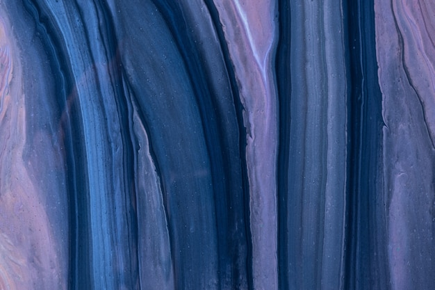 抽象的な流体アートの背景ネイビーブルーと紫の色。液体大理石。紫のグラデーションのアクリル画。