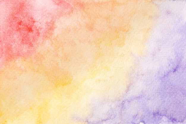 Абстрактная ручная роспись красного, оранжевого, желтого и фиолетового акварельных текстур фона