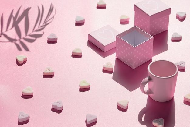 Абстрактный праздничный фон в розовом