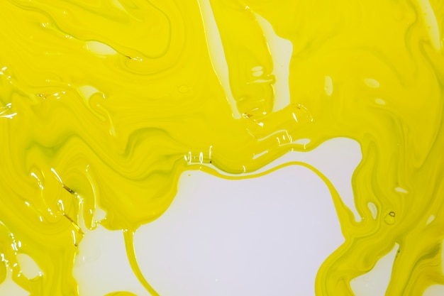 Abstract layer of mustard oil