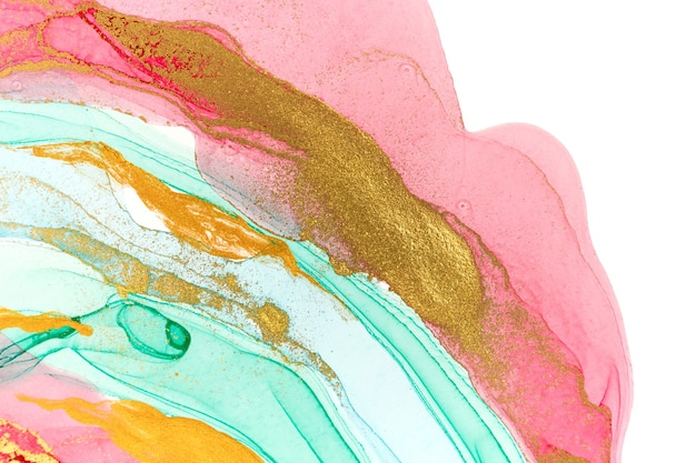 白にピンクの絵の具の抽象的な層。ピンク、緑、青、金の水彩パターン。