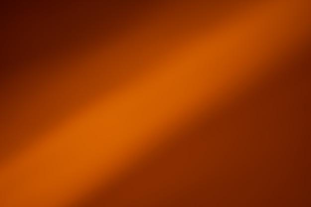 抽象的な明るい背景。黄色のぼやけたトレイルライト、ストリップ、ボケ。美しいモーションペインティング。長時間露光写真