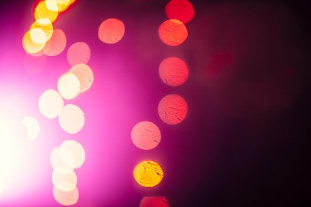 フラッシュの近くの抽象的なライト