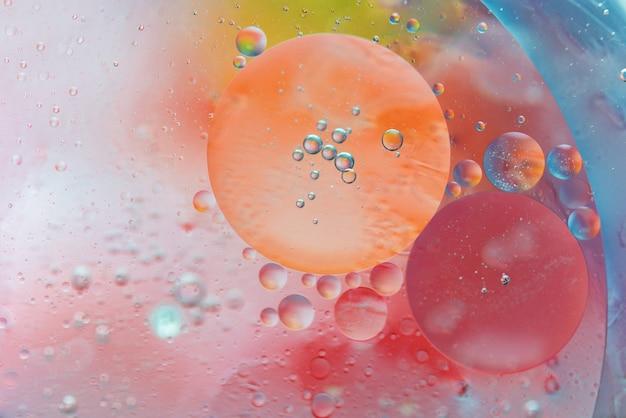 泡と抽象的なマクロ背景